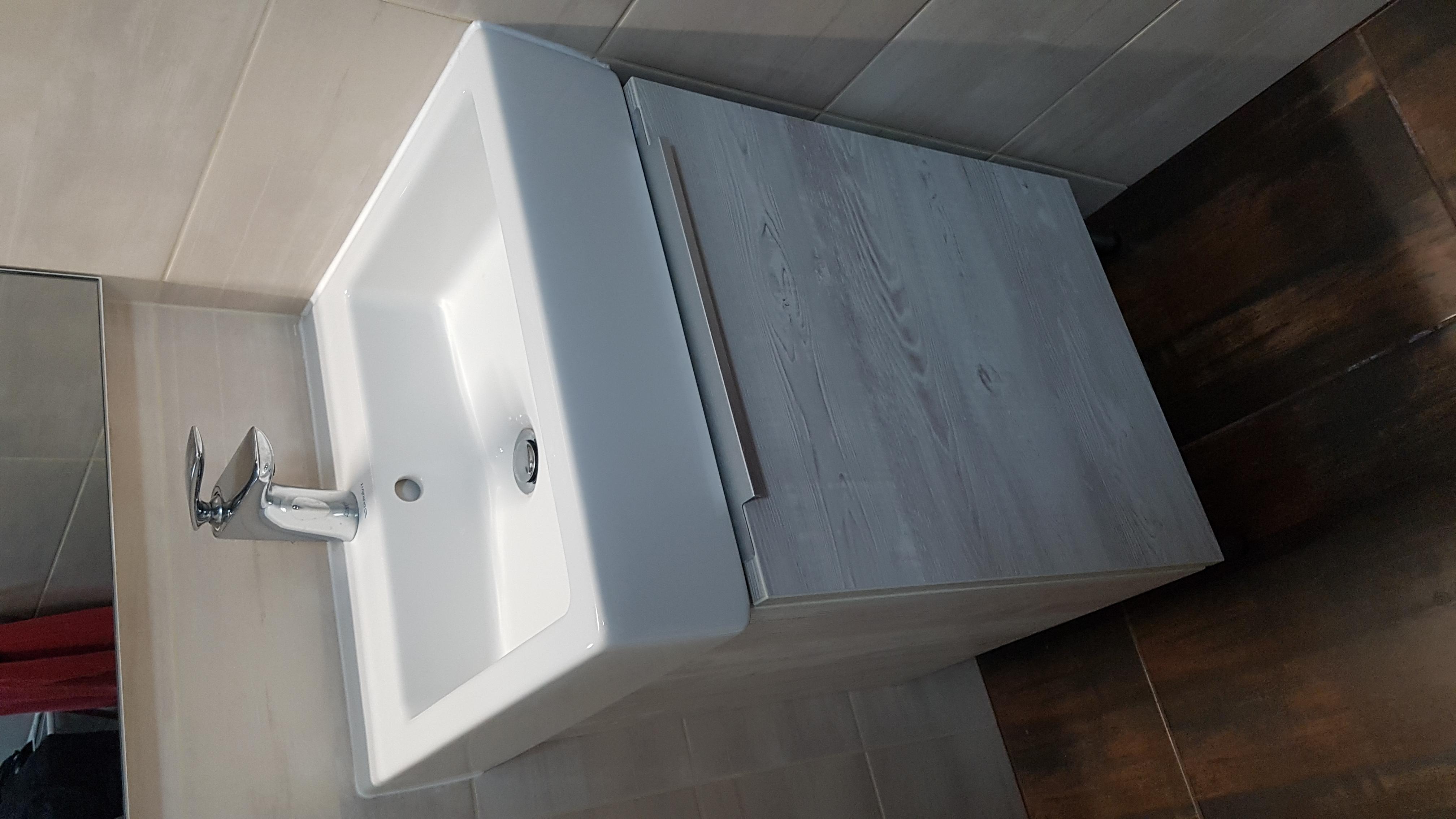 fürdőszoba szekrény 2